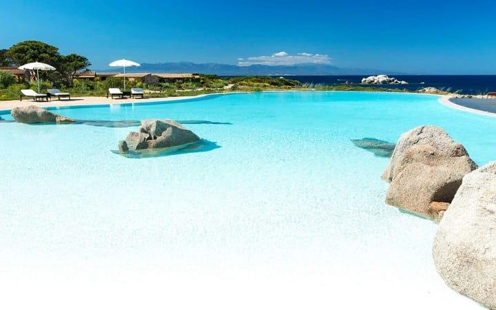 Отель для отдыха на Сардинии